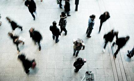 Prórroga automática de 6 meses para los permisos de residencia y trabajo de extranjeros